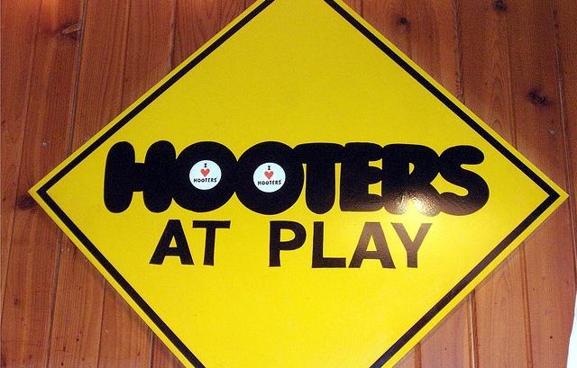 Hooters