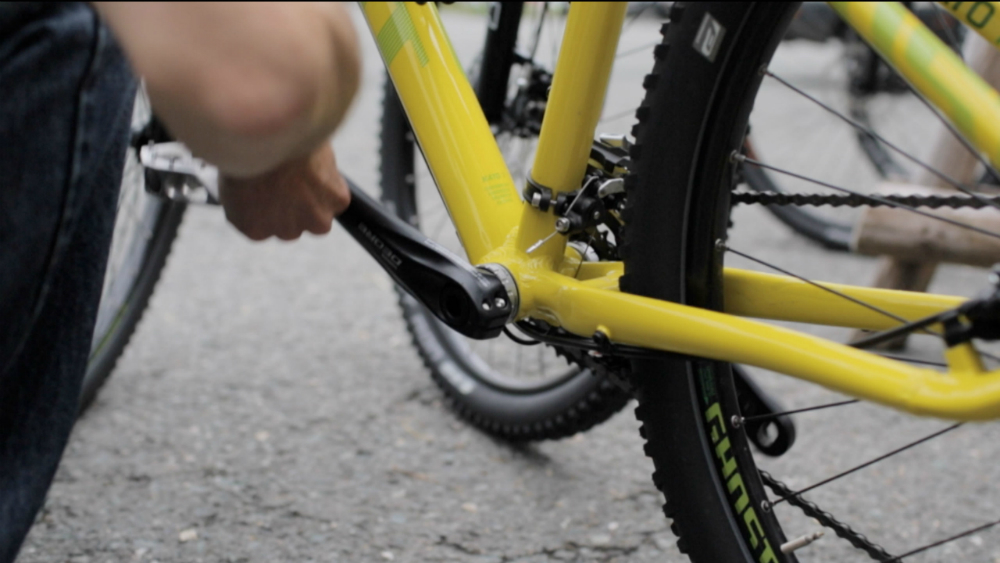 bike pedal testing
